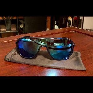 Oakley 'OUTPACE', Men's Sunglasses.